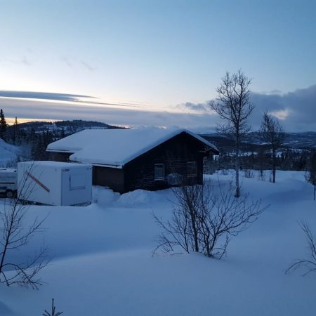 prefab skiing cabin